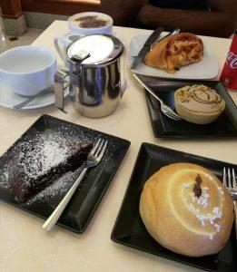 Niente gita a Capri per Mal Tempo? Ci consoliemo con una colazione Top a Sorrento!