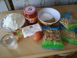 Crostata con frutta secca